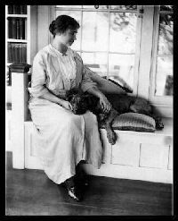 Helen Keller owned a pitbull