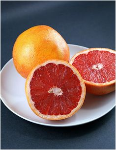 17 Amazing Benefits Of Grapefruits For Skin And Health: Grapefruit juice is loaded with vitamin C and Vitamin A which is imperative for hair's health. It boosts blood circulation in the scalp which promotes hair growth.