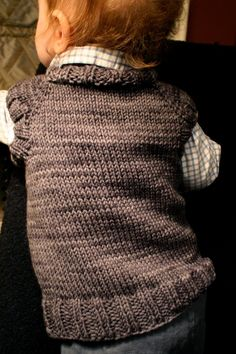 Just the kind of toddler t-shirt vest free pattern I was looking for. Will make perfect gift for next winter. In pale grey and brownish colours.