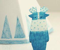 free shipping - Pine stars- miniature animal brooch handpainted, totem animal,woodland,forest spirit,illustration,pin,FREE gift box,fall