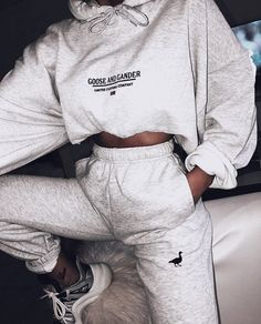 G&G Unisex Ltd logo hood Sporty Outfits Hood Logo Unisex Cute Lazy Outfits, Chill Outfits, Sporty Outfits, Swag Outfits, Mode Outfits, Trendy Outfits, Summer Outfits, Female Outfits, Hipster Outfits