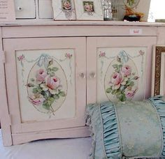 And a cupboard to match my door!
