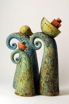 Risultati immagini per petra de jong-berger Ceramic Clay, Ceramic Pottery, Pottery Art, Clay Projects, Clay Crafts, Arts And Crafts, Pottery Sculpture, Sculpture Clay, Sculptures Céramiques