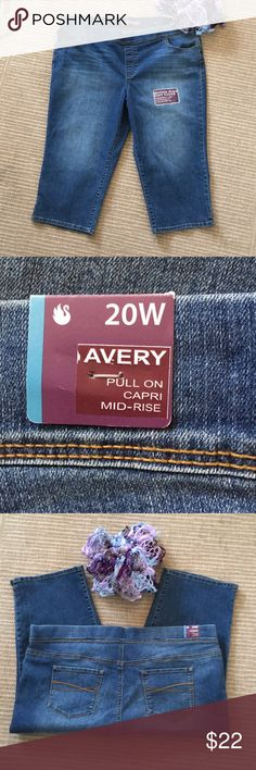 "574c59504f6ce NWT Capri Jeans 20W New Gloria Vanderbilt ""Avery"" Size 20W Capri Jeans Pull  on"
