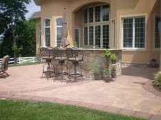we have some patio ideas on a budget you can do to keep the money ... - Simple Patio Ideas