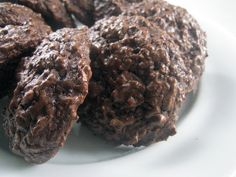 Chocolate Espresso Macaroons for Passover or anytime of the year via @Hann