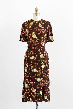 vintage 1940s dress / novelty print dress / Brown Rayon Chinoiserie Pagoda Print Swing Dress