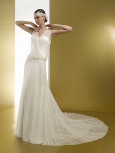 DOMINIQUE (Vestido de Noiva). Estilista: Miquel Suay. ...