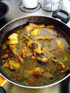 #Suriname Food# #Carribean Food# #Chicken Recipes# Masala Chicken Ingredients: Butter, Onion, 3 x Garlic Clove, Masala (Curry), 2 x Tomato, Black Pepper, Vetsin (Monosodium glutamate), Madam Jeanette Pepper, Celery & Salt (Masala Kip Ingrediënten: Boter, Ui, 3 x Knoflookteentjes, Masala, 2 x Tomaat, Zwarte Peper, Vetsin, Madam Jeanette Peper, Selderij & Zout)