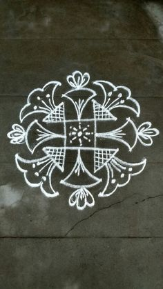 Rangoli Patterns, Rangoli Ideas, Kolam Rangoli, Indian Rangoli, Kolam Dots, Rangoli With Dots, Beautiful Rangoli Designs, Kolam Designs, Free Hand Rangoli