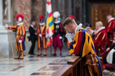 The Pope greets the 32 new Swiss guards - the Region Swiss Guard, Vatican Rome, Warriors, Knight, Bible, Faith, Photography, Travel, Christian Backgrounds