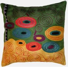 Contemporary Throw Pillows – Klimt in Circles