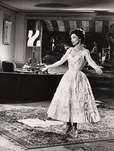 Lilli Palmer Lilli Palmer, Mädchen In Uniform, White Dress, January 27, Hollywood, Formal Dresses, Photography, Crushes, Cinema