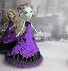 Cette liste est pour une tenue pour la poupée Monster haut la main La robe est faite de taffetas, velours, tulle et dentelle, décoré de noeuds de