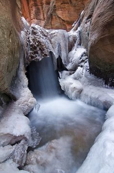 Frozen Kanarra Falls, Kanarra Creek Canyon, Utah