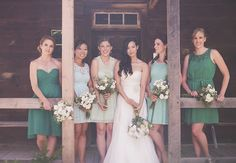 This bride and her ladies nailed the mix and match look. Photo: Nikki Mills // Featured: The Knot Blog