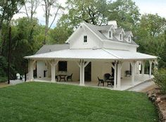 Here are the Farmhouse House Plans Ideas. This post about Farmhouse House Plans Ideas was posted under the Exterior Design … Small Farmhouse Plans, Modern Farmhouse Exterior, Small House Plans, Farmhouse Design, Farmhouse Style, Farmhouse Front, White Farmhouse, Cottage Farmhouse, Farmhouse Windows