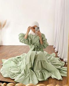 Modest Fashion Hijab, Modern Hijab Fashion, Modesty Fashion, Casual Hijab Outfit, Muslim Fashion, Fashion Tips, Hijab Evening Dress, Hijab Dress, Eid Outfits