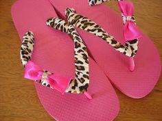 Tecido estampa animal print e laço de cetim pink
