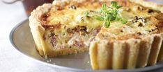 Herkullinen kinkkupiirakka | Suolaiset leivonnaiset | Reseptit – K-Ruoka Apple Pie, Quiche, French Toast, Muffin, Good Food, Food And Drink, Baking, Breakfast, Desserts