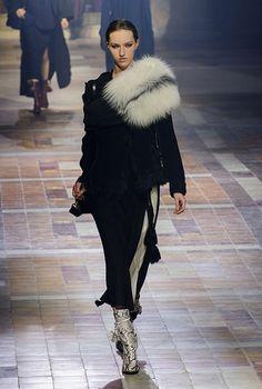 Paris Fashion Week: Lanvin Autumn/Winter 15 | Buro 24/7