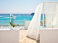 Mykonos Mykonos Palace Beach Hotel Greece, Europe Mykonos Palace Beach Hotel is perfectly located for both business and leisure guests in Mykonos. Both business travelers and tourists can enjoy the hotel's facilities and services. Free Wi-Fi in all rooms, daily housekeeping, fax machine, printer, private check in/check out are there for guest's enjoyment. Guestrooms are designed to provide an optimal level of comfort with welcoming decor and some offering convenient amenities ...