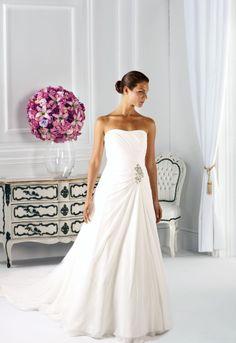 Ein Brautkleid, völlig auf das Wesentliche reduziert: Das Modell Escalante von Affezione.