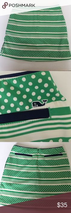 Vineyard Vines Skort with pockets!! 🐳💚 Perfect condition, super cute mini skirt with shorts inside and pockets ! No stains, rips, defects!! Vineyard Vines Skirts Mini
