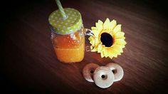 Spremuta d'arancia, biscotti e girasole  breakfast spring flower cookies Juice Orange Juice