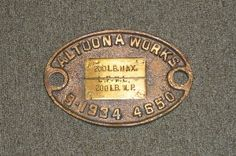 This build plate Nº 4650, was located in the cab of an engine to show where the minimum safe water level is. It also seems to show the build date of the boiler.