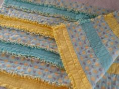 Hearts-with-Yellow-Aqua-Flannel-Strip-Rag-Quilt-Crib-Toddler-Bed-Baby-Quilt