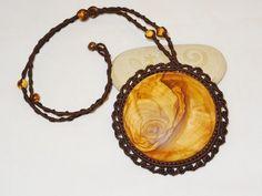 Kette - Olivenholz - Makrameekette - Sonnenholz von Sunnseitn Kunsthandwerk auf DaWanda.com