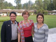 Here with Betsy Murray and Leyla Solano participating in IDB´s - MIF Sustainable Tourism Cluster Projects  of Latinamerica in Cajamarca, Peru... More details about Roberto at: http://www.solucionturisticasostenible.com/roberto_en.html