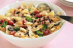 chicken-bow tie pasta salad