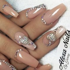 Shared by AtaDeniz✅. Find images and videos about glitter, stiletto and wedding nails on We Heart It - the app to get lost in what you love. Sexy Nails, Glam Nails, Fancy Nails, Bling Nails, Toe Nails, Coffin Nails, Nagel Bling, Nail Jewels, Gems On Nails