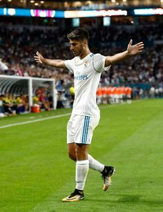 Marco selebrate goal vs. Barcelona⚽