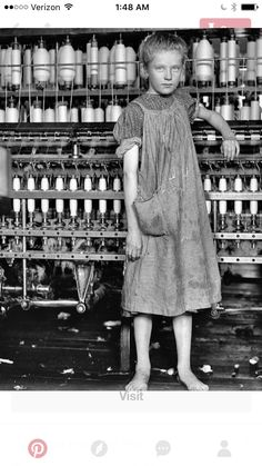 Union Strike, Innocence Lost, Lewis Hine, Child Labour, Social Class, Old Pictures, Historical Photos, Warfare, Barefoot