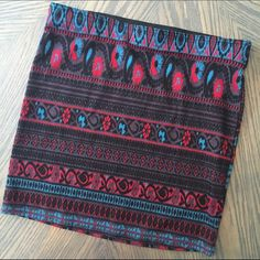 F21 Patterned Mini Skirt Forever 21 high waist skirt. Cute Aztec pattern! Elastic band. Forever 21 Skirts Mini