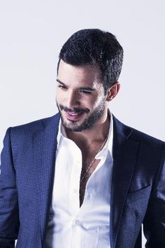 Barış Arduç Turkish Men, Turkish Actors, Moustache, The Best Series Ever, Elcin Sangu, Tv Awards, Dapper Gentleman, Mans World, Attractive Men