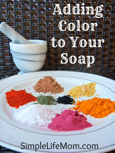 Adding Color to homemade Soap - natural, healthy, and non-toxic alternatives for adding color to your beautiful soap creations. I have made this soap and it is wonderful in the kitchen as it removes smells like onion etc. Diy Cosmetic, Diy Savon, Homemade Soap Recipes, Castile Soap Recipes, Homemade Paint, Lotion Bars, Homemade Beauty Products, Cold Process Soap, Handmade Soaps
