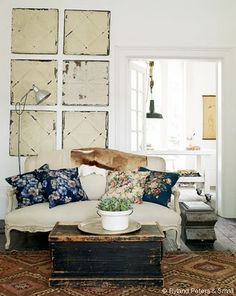 Living room from Pale & Interesting by Atlanta Barlett and Dave Coote. Photo by Polly Wreford.