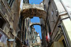 """Sanremo (IM), centro storico della """"Pigna"""", Via Palma"""