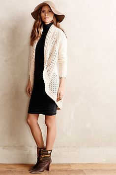 NEW Anthropologie Deni Cocoon Cardigan by Angel of the North Size S Uk Fashion, Womens Fashion, Chic Outfits, Fashion Outfits, Cocoon Cardigan, Mommy Style, Look Chic, My Wardrobe, Autumn Winter Fashion