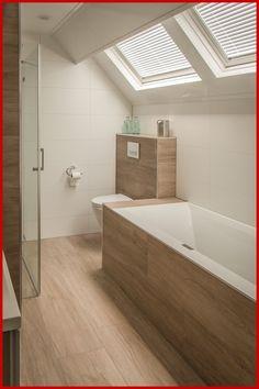 Small Attic Bathroom, Wood Bathroom, Bathroom Renos, Bathroom Interior, Corner Bathtub, Living Room Designs, Building A House, Home Goods, New Homes