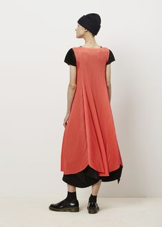 Issey Miyake PLEATS PLEASE Full Sleeveless Dress (Red)