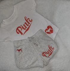 Unique Baby Clothes, Custom Clothes, Pink Clothes, Summer Clothes, Newborn Girl Outfits, Pink Outfits, Baby Outfits, Baby Girl Fashion, Kids Fashion