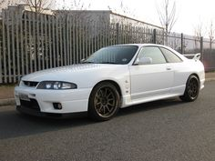 R33 GTR | Click on Images to Enlarge