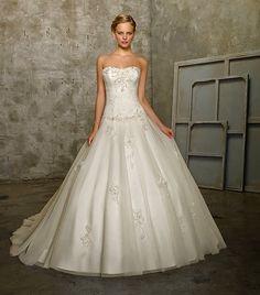 menyasszonyi ruha Organza Menyasszonyi Ruhák 20caa1b8b7