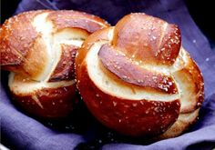 Pretzel Bread Rolls Recipe on Yummly