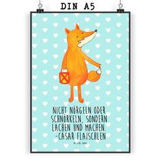 Poster DIN A5 Fuchs Laterne aus Papier 160 Gramm  weiß - Das Original von Mr. & Mrs. Panda.  Jedes wunderschöne Poster aus dem Hause Mr. & Mrs. Panda ist mit Liebe handgezeichnet und entworfen. Wir liefern es sicher und schnell im Format DIN A5 zu dir nach Hause. Die Größe ist 148 x 210 mm.    Über unser Motiv Fuchs Laterne  Die Fox Edition ist eine besonders liebevolle Kollektion von Mr. & Mrs. Panda. Jedes Motiv ist wie immer bei Mr. & Mrs. Panda handgezeichnet und wird in unserer…